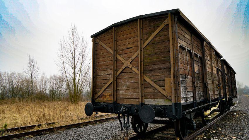 Auschwitz tour - a wagon